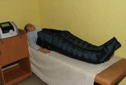 масаж ніг при лімфостазі апаратний, 150 грн за сеанс при разовому замовленні